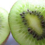 口臭を抑える食べ物~舌苔が原因の場合にお勧め